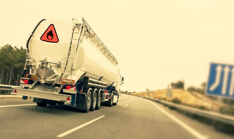 risco ambiental no transporte rodoviário
